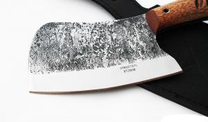 Тяпка: сталь х12мф кованая; рукоять цельнометаллическая, махагон